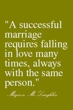 英语名言:一段成功的婚姻需要不断地坠入爱河,并且总是与同一个人。