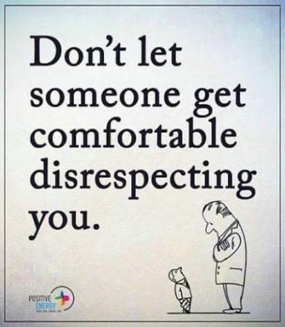 英语名言:不要让某些人因不尊重你而过得舒坦。