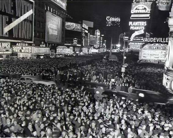 New Year's Eve in Times Square, 1939.