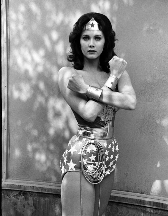 琳达·卡特:七十年代电视剧系列原版神奇女侠