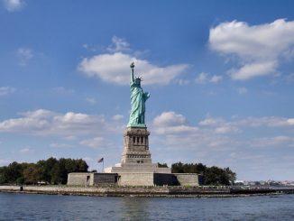 美国文化 | 纽约自由女神像的历史由来