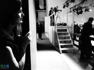 浮光掠影 | 1960年,杰奎琳·肯尼迪在后台观看她的丈夫与理查德·尼克森的电视辩论