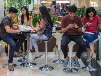经济学人精读 | 2018年10月27日刊:Pop-culture pitch Wooing young voters in Indonesia