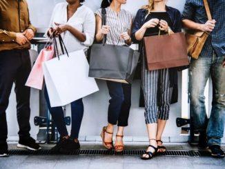 英语口语 | Shopping是购物,但你知道shopaholic是什么吗?
