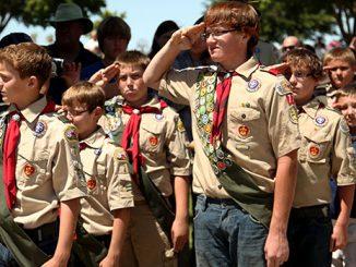 英语热词   Scout 童子军