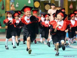 英语热词   中央重拳规范学前教育 preschool education