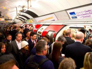 英国文化   英国经典文化符号:伦敦地铁