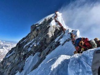 纽约时报官方译文 | 没有雪崩,也没有狂风,为什么他们殒命珠峰?