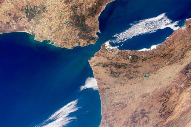 the Strait(s) of Gibraltar 直布罗陀海峡